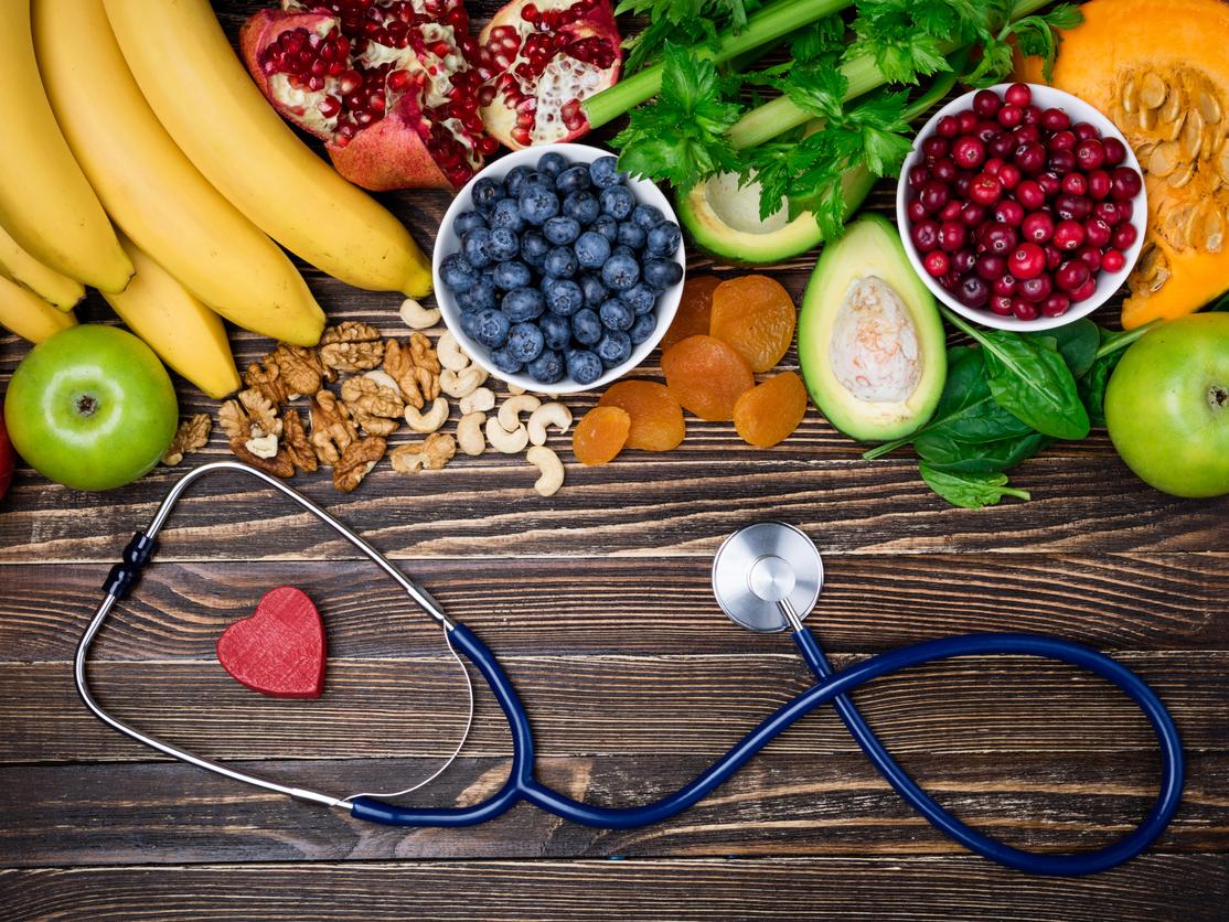 Splendid summer fruits for building a strong immune system