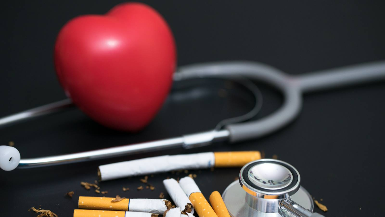 How does smoking harm your heart?